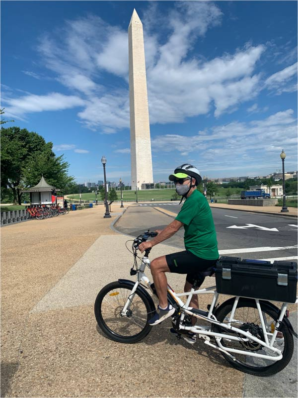 Day2 in Washington D.C. on Sunride in front of the Washington Monument. Notice no one's around.