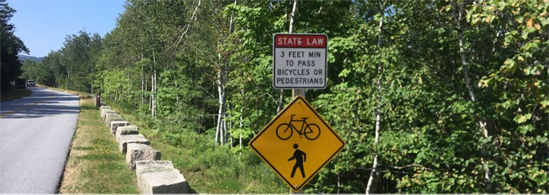 Maine great bike lanes and beautiful scenic rides along the coast with frequent road signs
